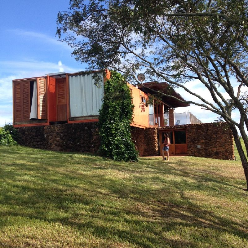 adelaparvu.com despre casa din containere si zidarie, arhitectura Jorge Siemsen, Foto Jorge Siemsen si Foto Lufe Gomes (11)