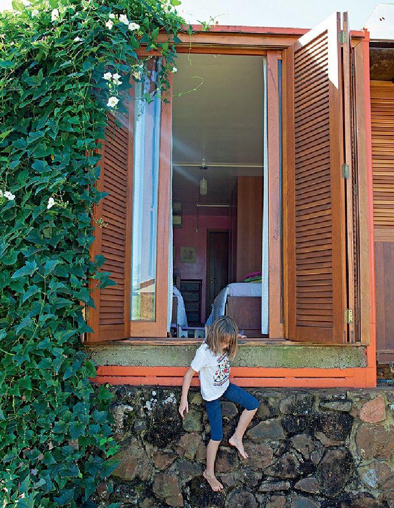adelaparvu.com despre casa din containere si zidarie, arhitectura Jorge Siemsen, Foto Jorge Siemsen si Foto Lufe Gomes (19)