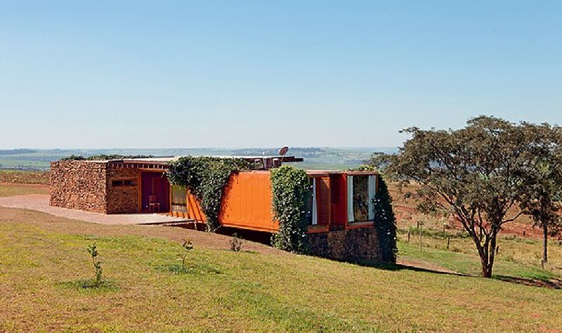 adelaparvu.com despre casa din containere si zidarie, arhitectura Jorge Siemsen, Foto Jorge Siemsen si Foto Lufe Gomes (7)