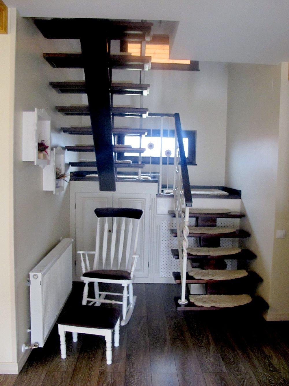 adelaparvu.com despre casa din lemn la Bacau, interior casa din lemn, design interior Mihaela Rosca, Foto, Sorin Rosca, Adela Parvu (26)