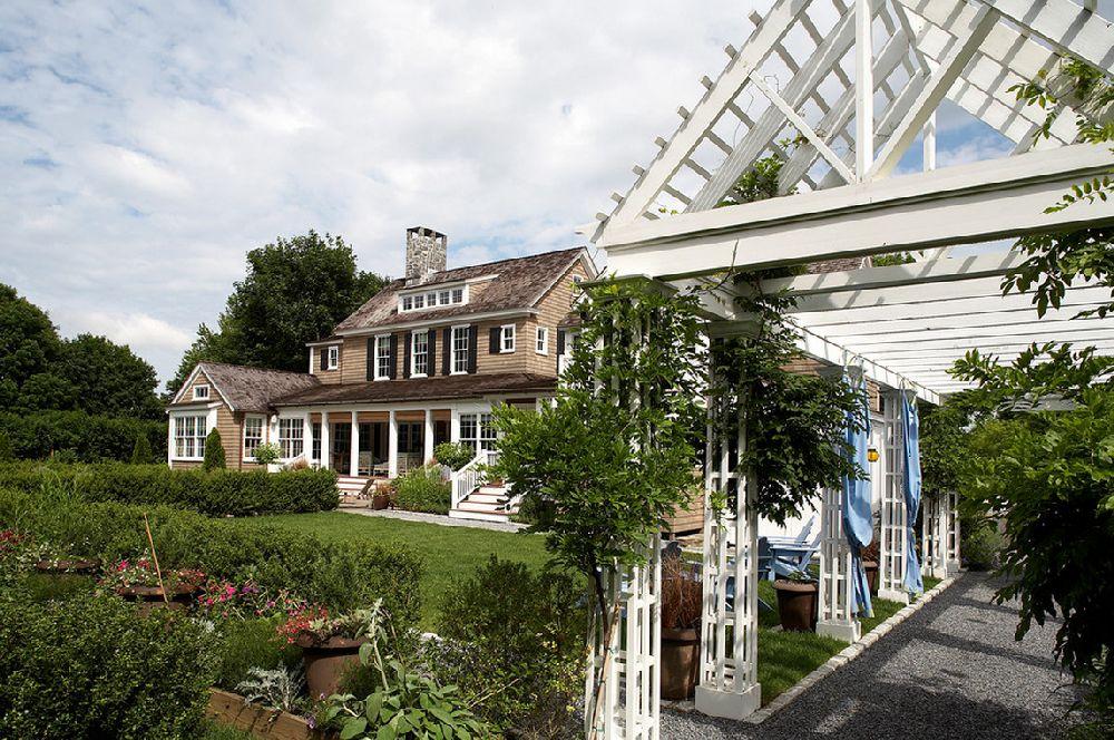 adelaparvu.com despre casa in Hamptons, arhitectura Historical Concept, designer interior Steven Gambrel, Foto Marco Ricca (15)
