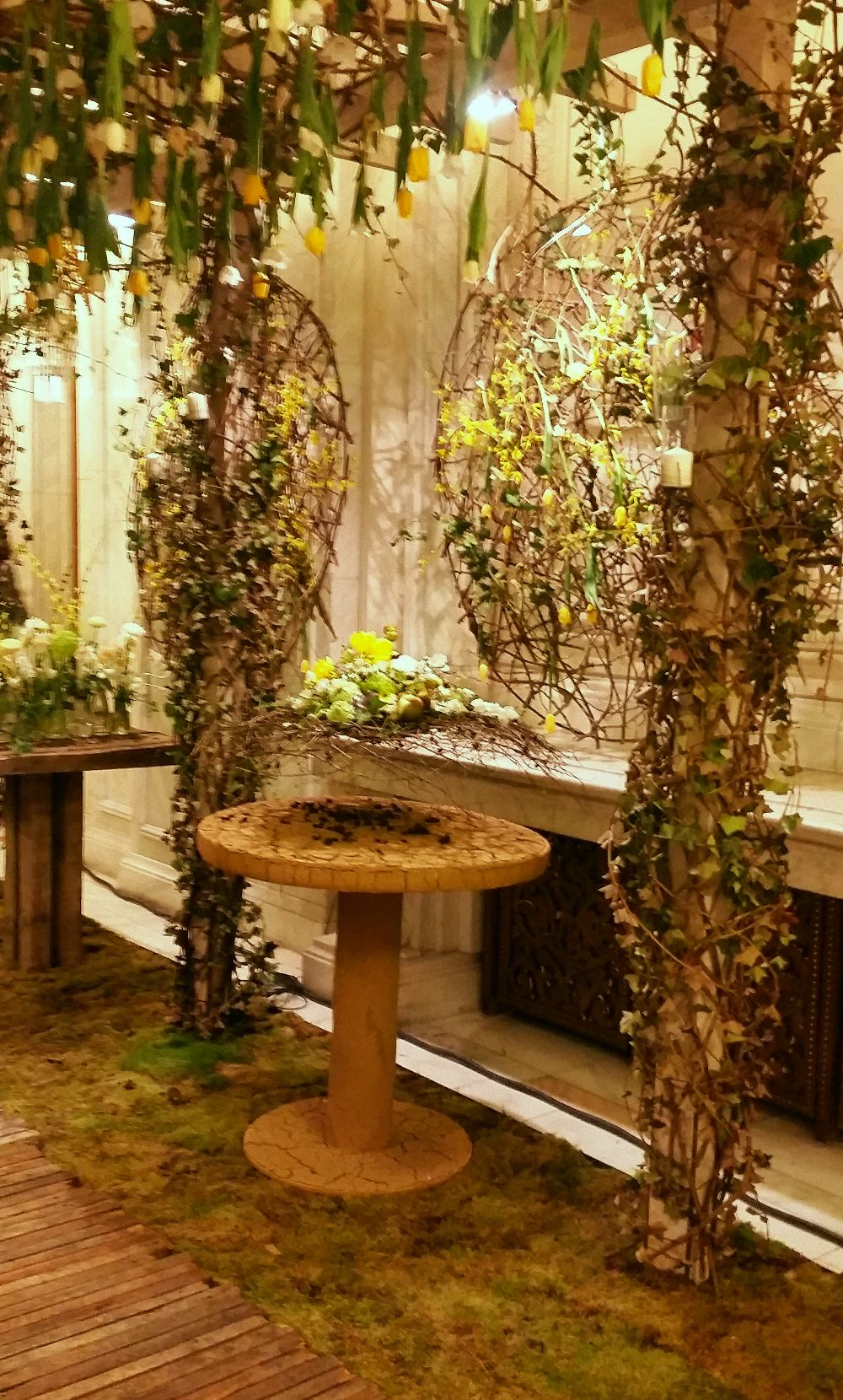 adelaparvu.com despre decor cu flori de primavara pentru nunti si evenimente festive, designer florist Nicu Bocancea (7)