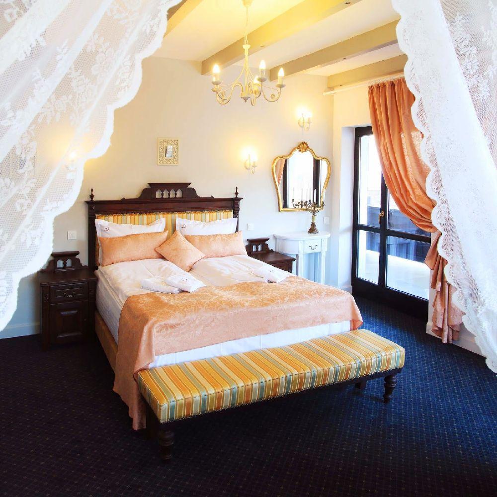adelaparvu.com despre Conacul Bratescu, design interior Marinela Filip, arhitectura Gabriel Henegar   (15)