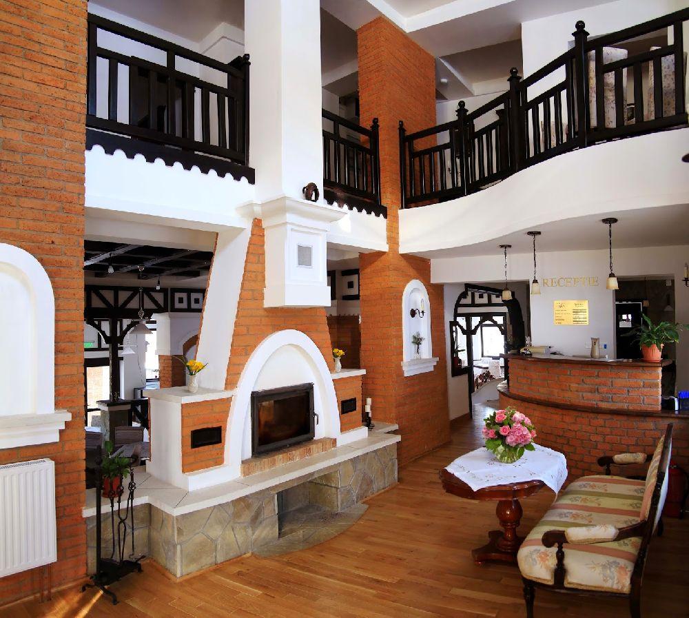 adelaparvu.com despre Conacul Bratescu, design interior Marinela Filip, arhitectura Gabriel Henegar   (3)