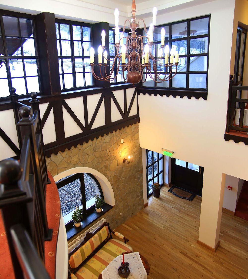 adelaparvu.com despre Conacul Bratescu, design interior Marinela Filip, arhitectura Gabriel Henegar   (4)