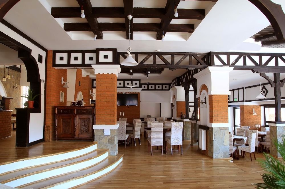 adelaparvu.com despre Conacul Bratescu, design interior Marinela Filip, arhitectura Gabriel Henegar   (6)