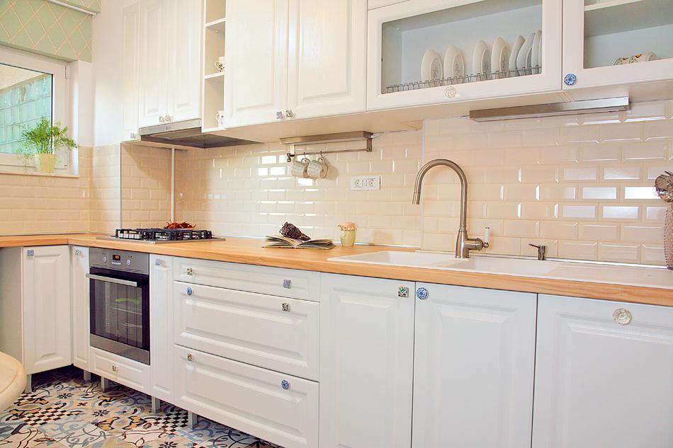 adelaparvu.com despre apartament de trei camere amenajat in stil traditional romanesc reinterpretat, design interior Valdecor, Alia Bakutayan si Daniel Tufis (13)