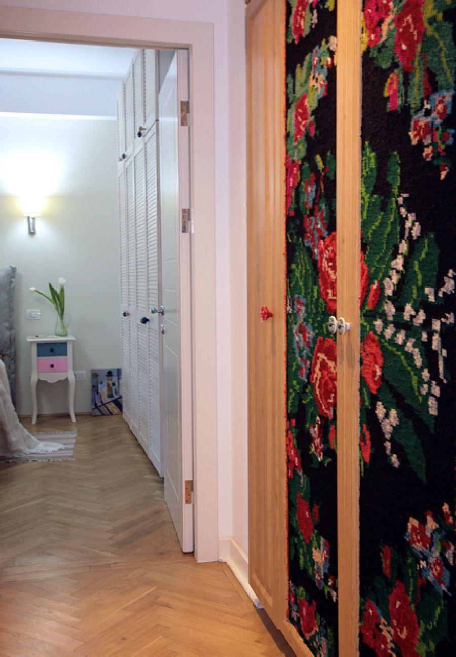adelaparvu.com despre apartament de trei camere amenajat in stil traditional romanesc reinterpretat, design interior Valdecor, Alia Bakutayan si Daniel Tufis (24)
