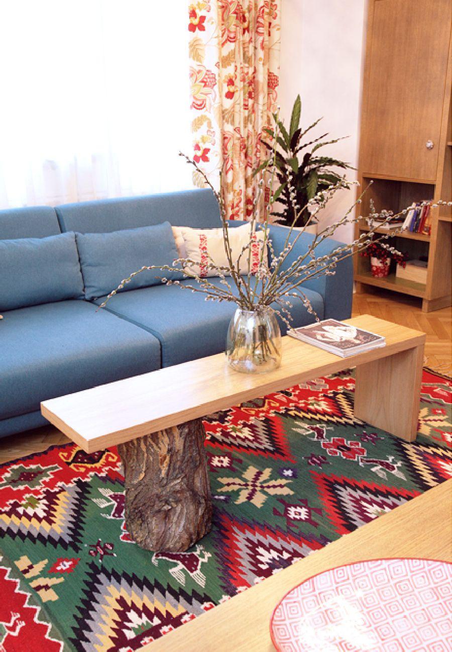 adelaparvu.com despre apartament de trei camere amenajat in stil traditional romanesc reinterpretat, design interior Valdecor, Alia Bakutayan si Daniel Tufis (3)
