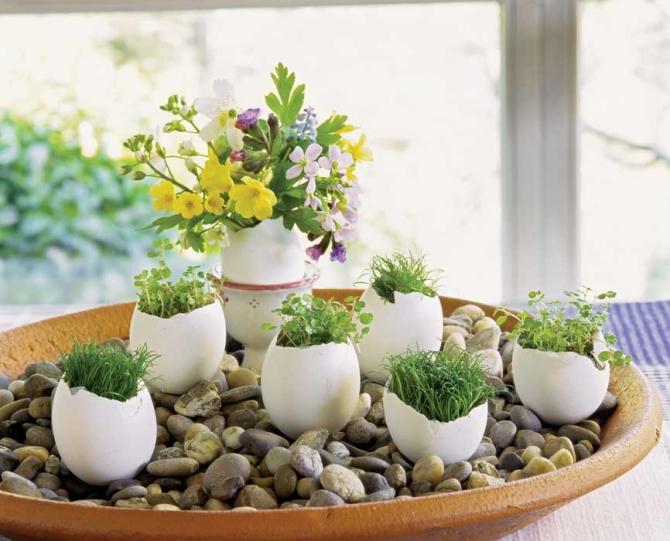 adelaparvu.com despre aranjamente cu oua si flori pentru masa de Paste, Foto Weranda Country (13)