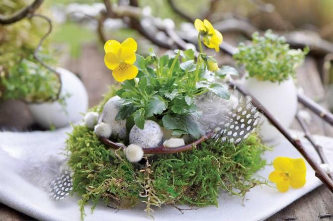 adelaparvu.com despre aranjamente cu oua si flori pentru masa de Paste, Foto Weranda Country (7)