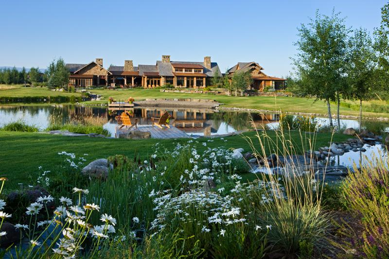 adelaparvu.com despre casa din lemn si piatra SUA, Bozeman, Montana, arhitectuta Locati Architects, Foto Roger Wade Studio (16)
