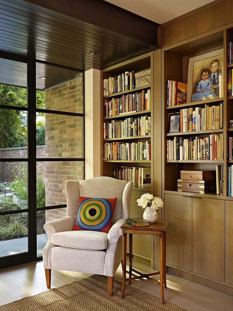 adelaparvu.com despre casa in stil Tudor cu biblioteci frumoase, arhitectura DeForest Architects, design interior NB Design, Foto Benjamin Benschneider (6)