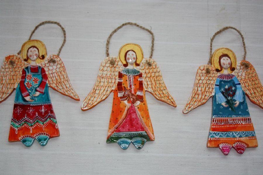 adelaparvu.com despre ingeri pictati, ingeri din lemn, artist Beatrice Iordan (2)