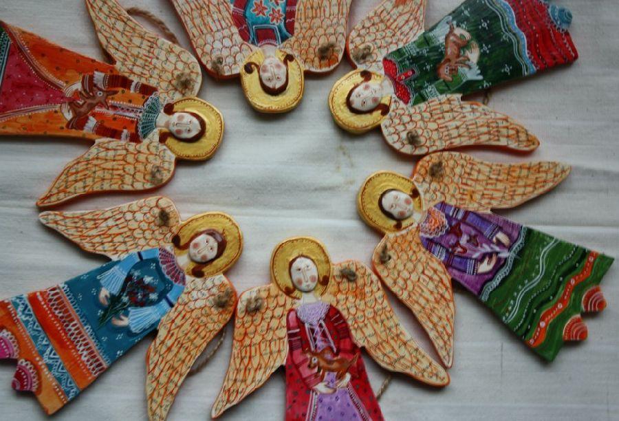 adelaparvu.com despre ingeri pictati, ingeri din lemn, artist Beatrice Iordan (29)