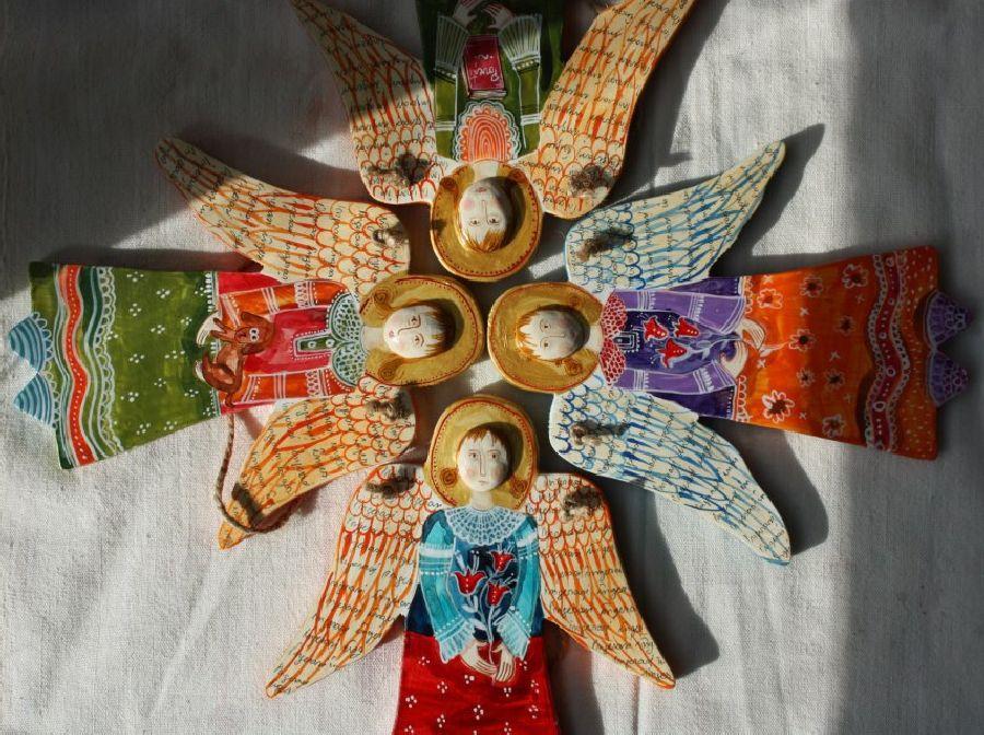 adelaparvu.com despre ingeri pictati, ingeri din lemn, artist Beatrice Iordan (31)