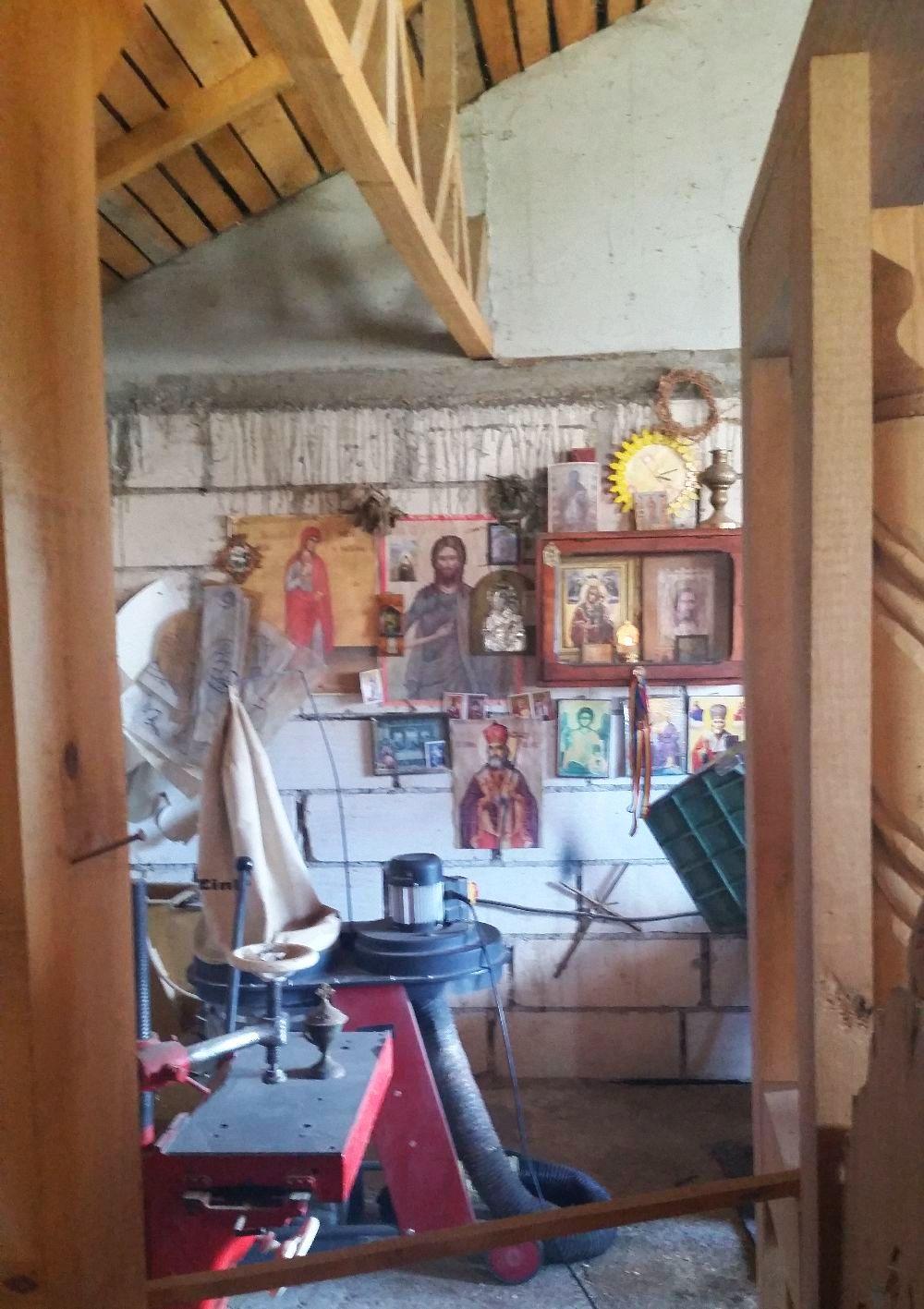 adelaparvu.com despre sculptorul in lemn Ion Moise din Topoloveni (28)