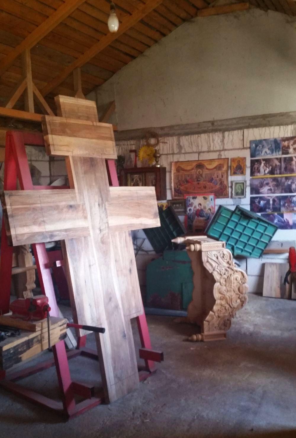 adelaparvu.com despre sculptorul in lemn Ion Moise din Topoloveni (3)