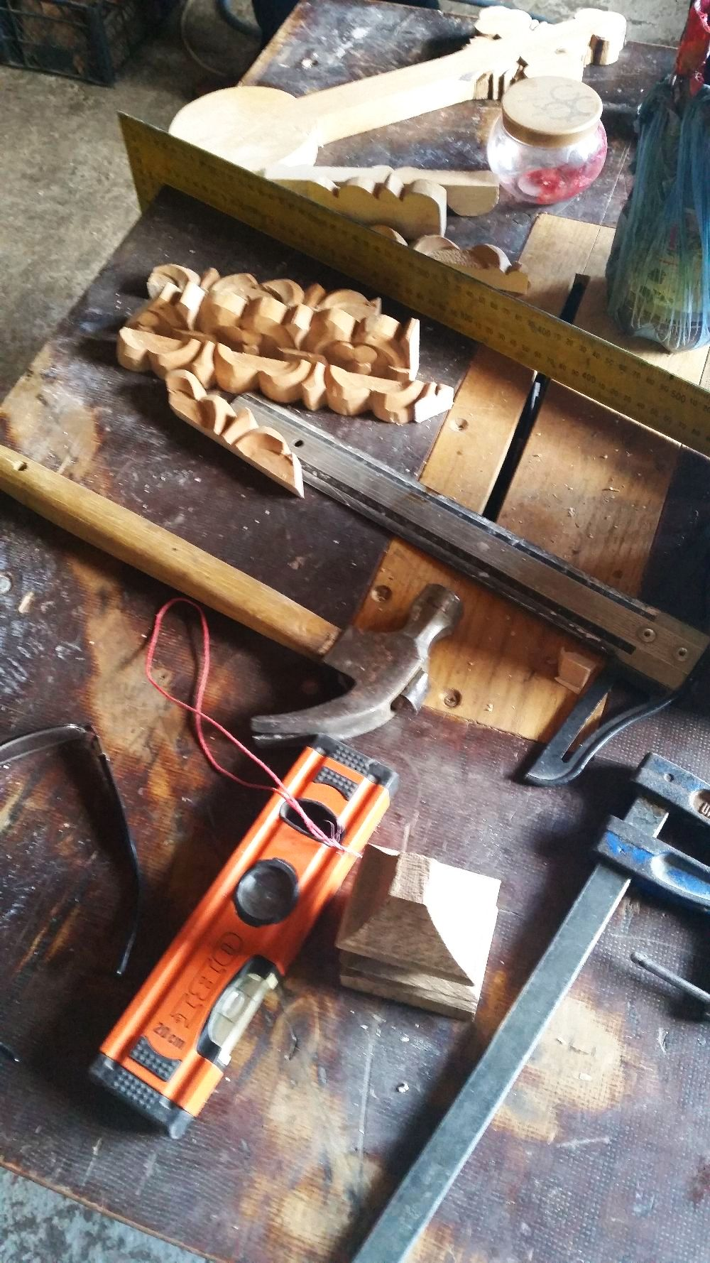adelaparvu.com despre sculptorul in lemn Ion Moise din Topoloveni (49)