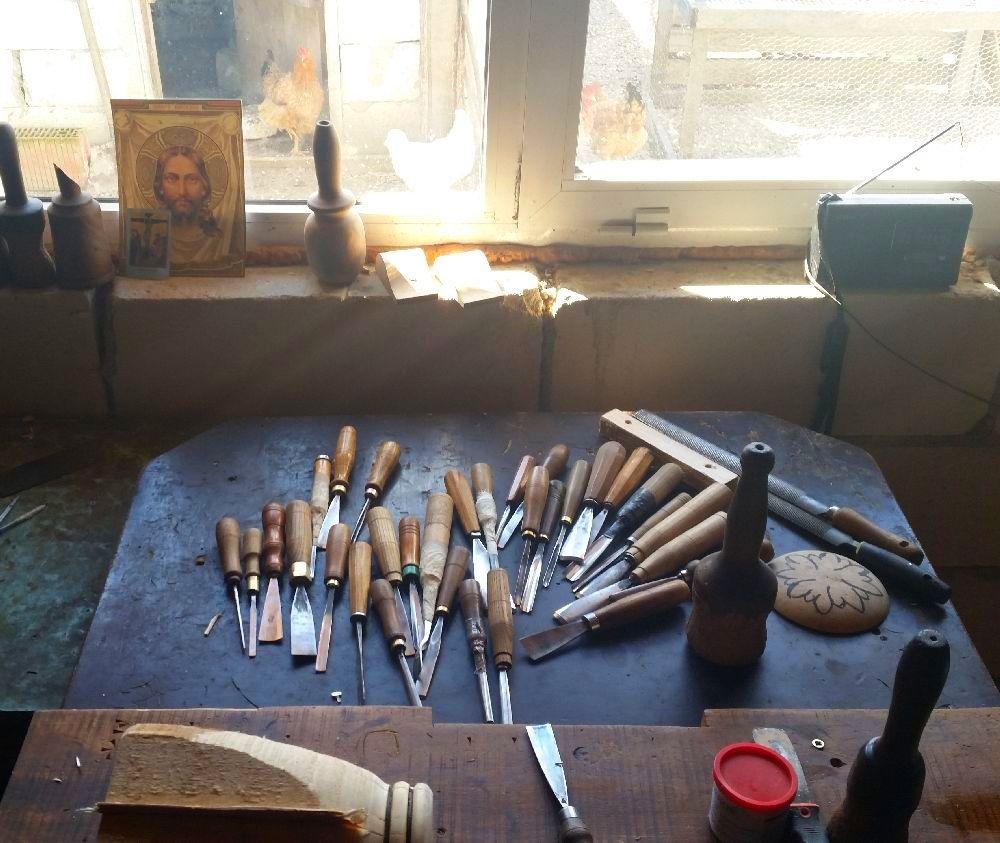 adelaparvu.com despre sculptorul in lemn Ion Moise din Topoloveni (8)