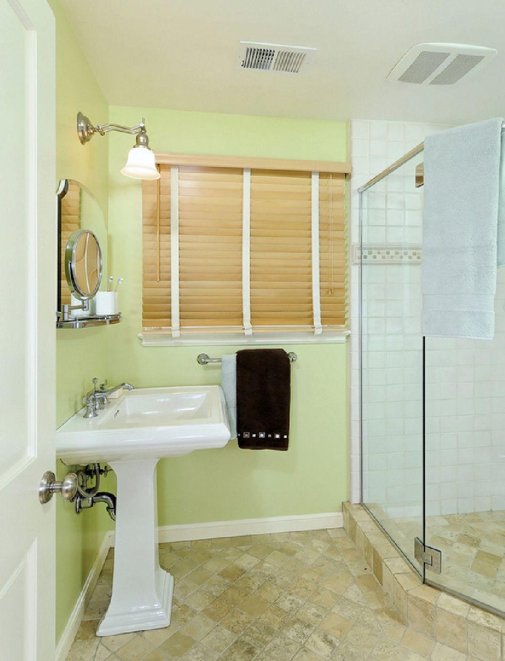 adelaparvu.com despre vopsea lavabila in bucatarie si baie, Foto Nunley Custom Homes