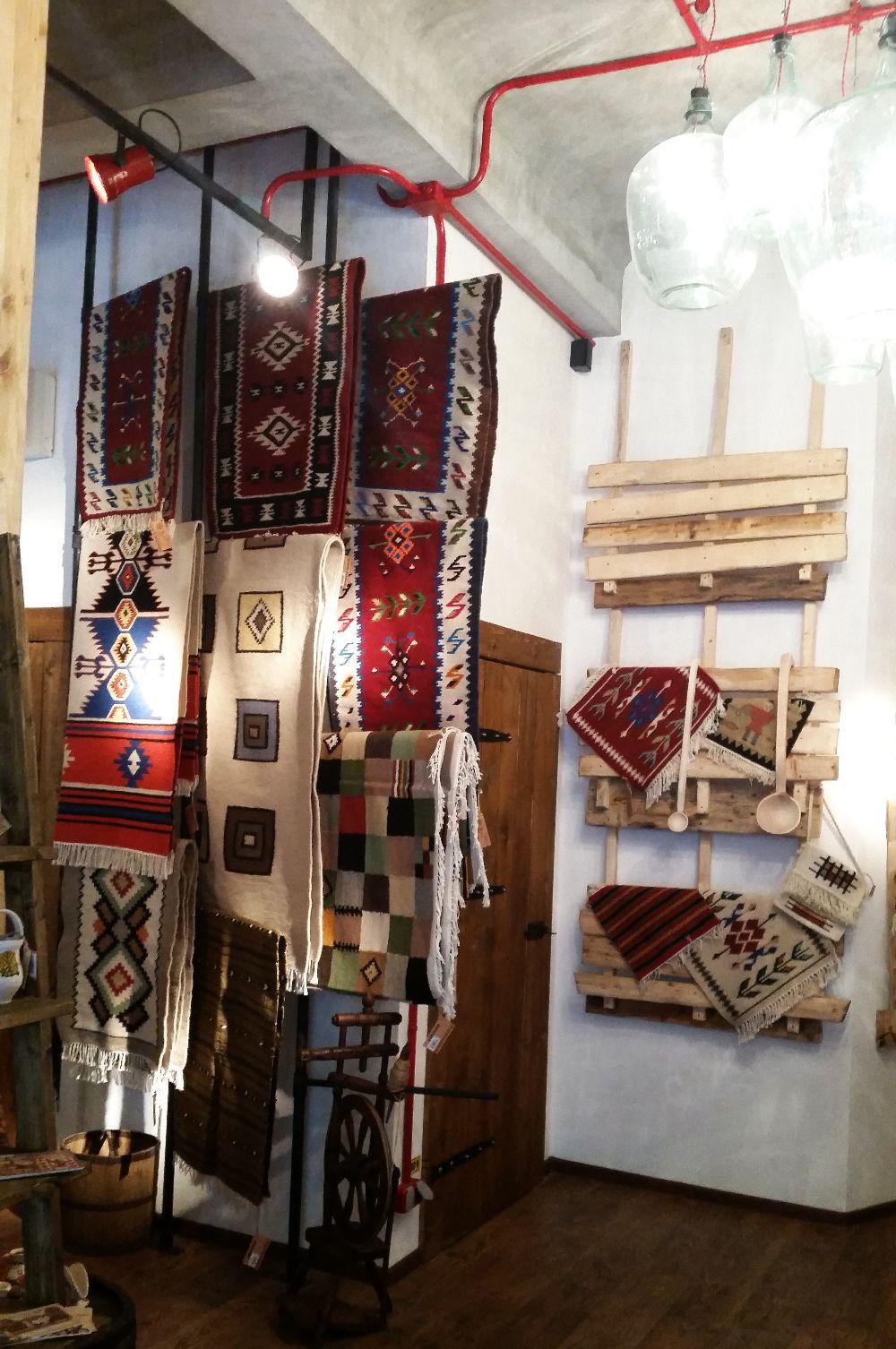 adelaparvu.com despremagazin cu obiecte traditionale, My Romanian Store Bucharest (12)