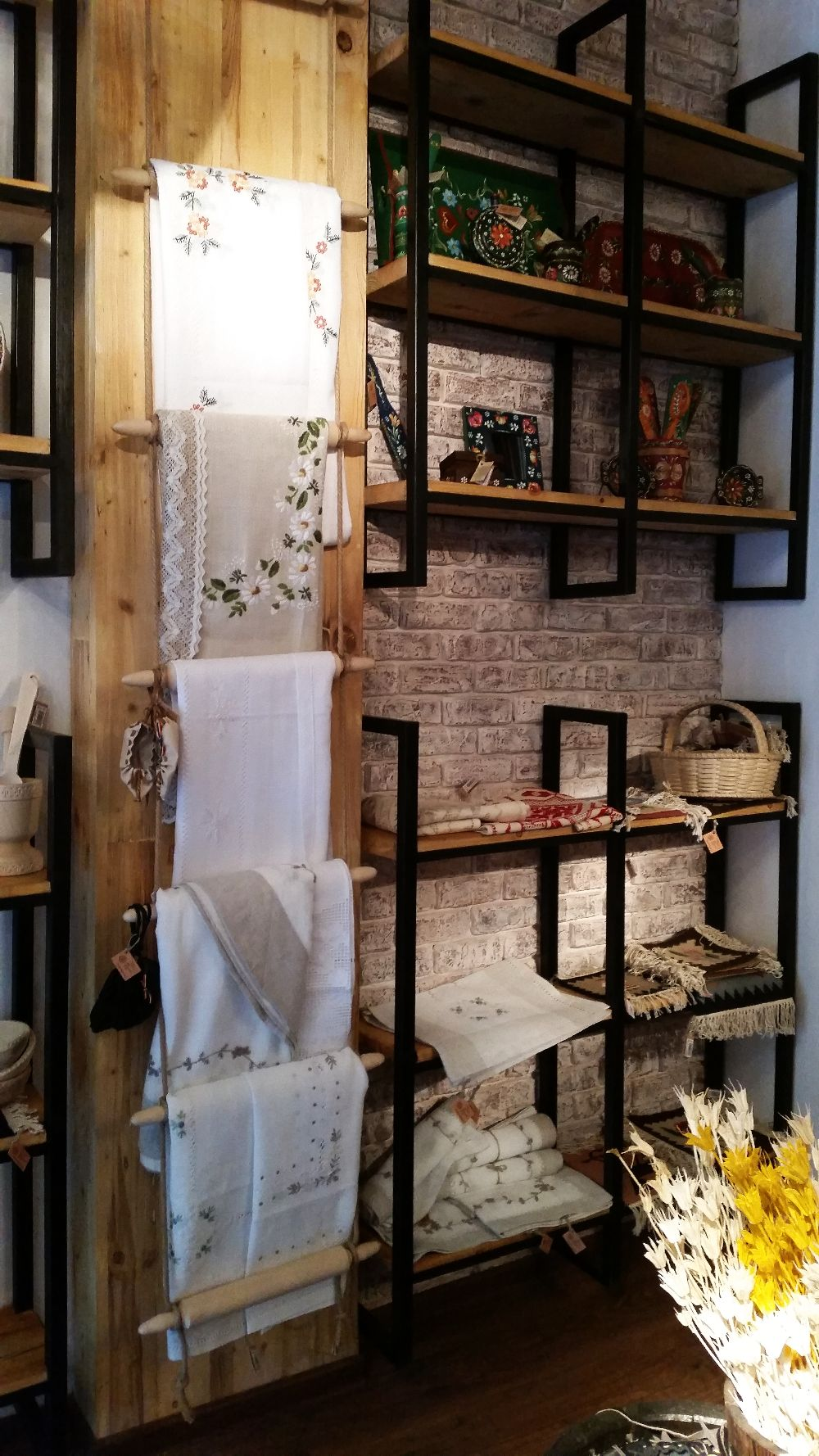 adelaparvu.com despremagazin cu obiecte traditionale, My Romanian Store Bucharest (23)