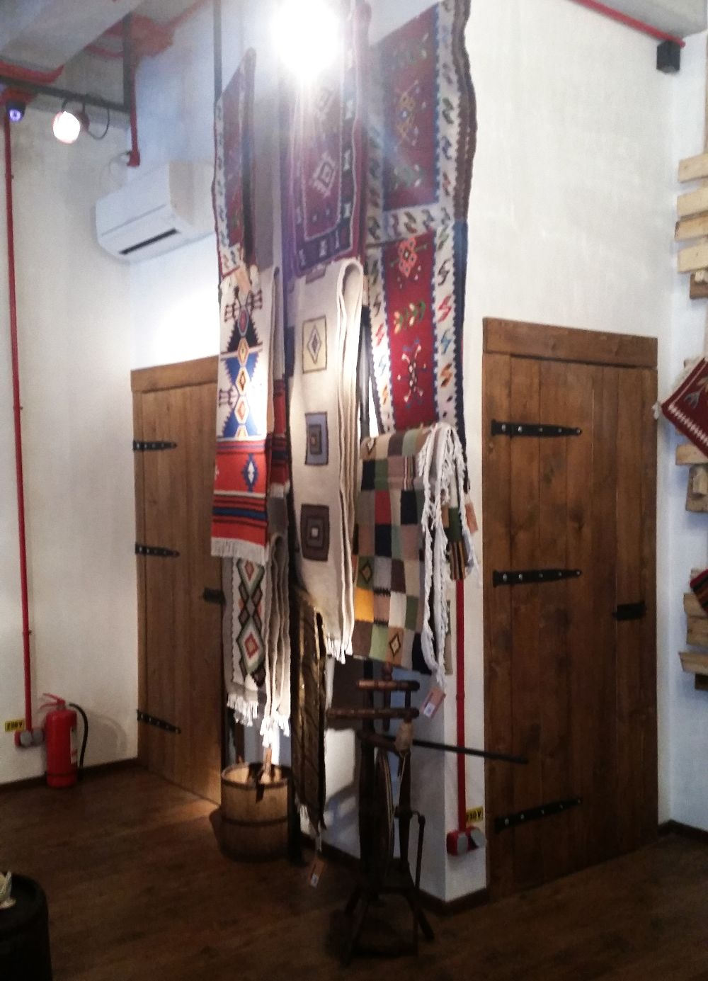 adelaparvu.com despremagazin cu obiecte traditionale, My Romanian Store Bucharest (26)