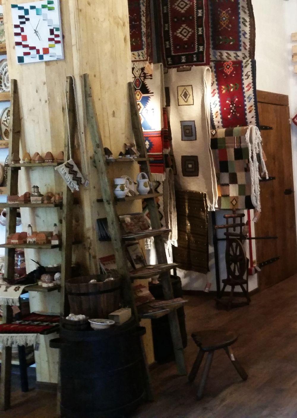 adelaparvu.com despremagazin cu obiecte traditionale, My Romanian Store Bucharest (28)