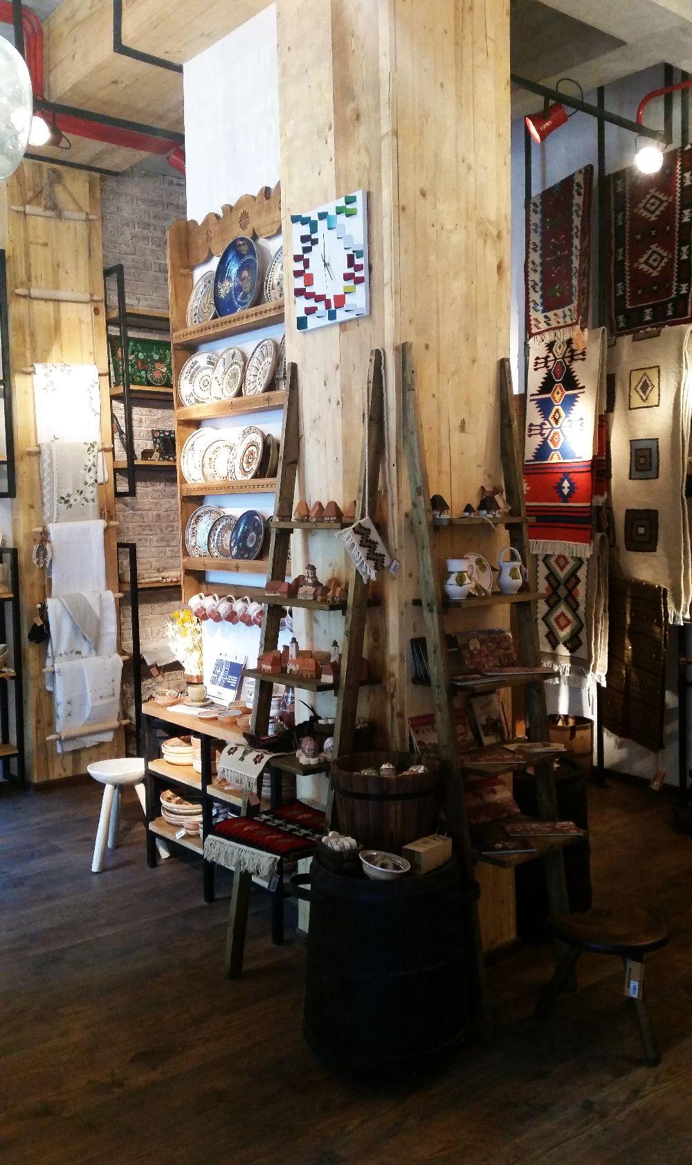 adelaparvu.com despremagazin cu obiecte traditionale, My Romanian Store Bucharest (6)