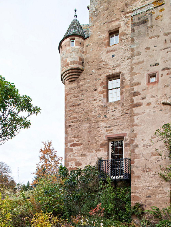 adelaparvu.com despre Dalcross Castle, Scotia, arhitectura si design Maxwell and Company, Foto Peter Lander (3)
