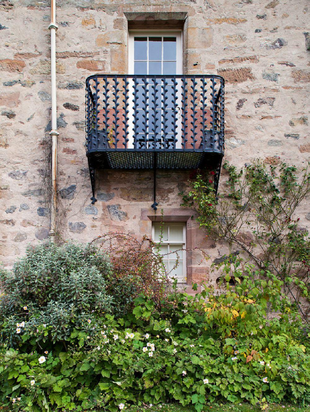 adelaparvu.com despre Dalcross Castle, Scotia, arhitectura si design Maxwell and Company, Foto Peter Lander (7)