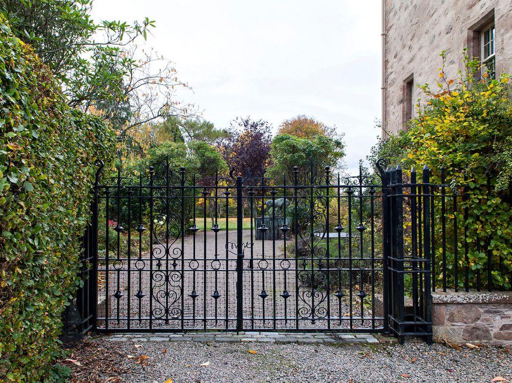 adelaparvu.com despre Dalcross Castle, Scotia, arhitectura si design Maxwell and Company, Foto Peter Lander (8)
