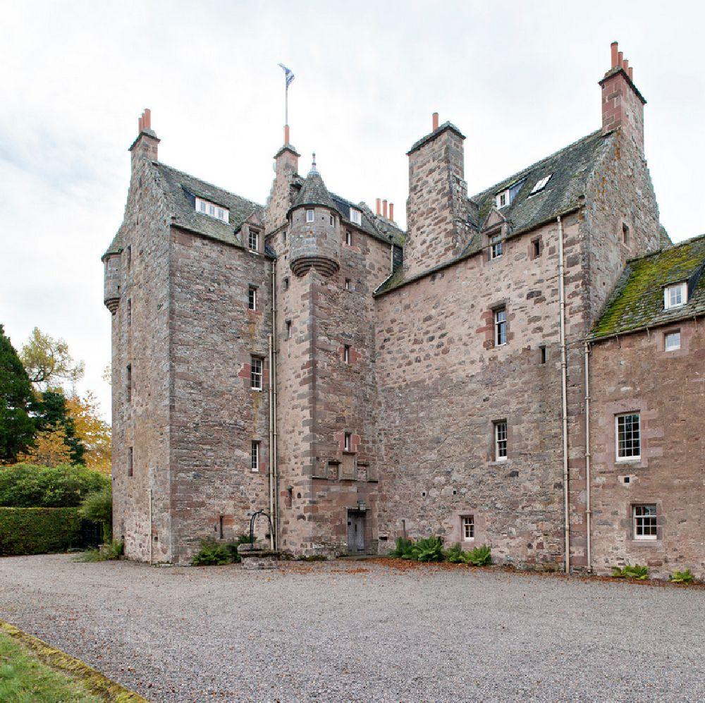 adelaparvu.com despre Dalcross Castle, Scotia, arhitectura si design Maxwell and Company, Foto Peter Lander (9)
