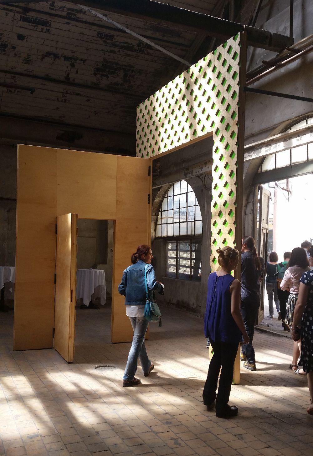 adelaparvu.com despre Design Postindustrie, Halele Carol Bucuresti, Poarta, design Marit Haugen (3)