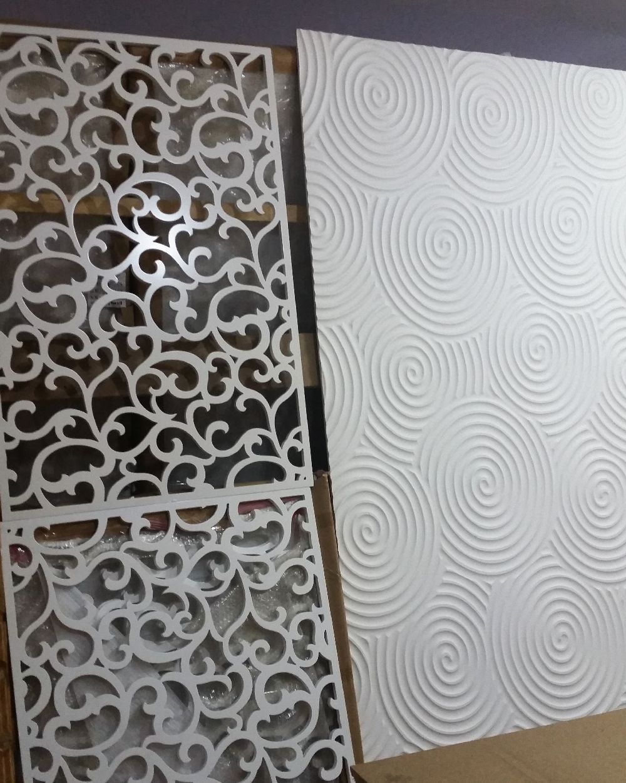 adelaparvu.com despre accesori din lemn si MDF, trafoare, paravane, stalpi, coloane Gold Concept Store (16)