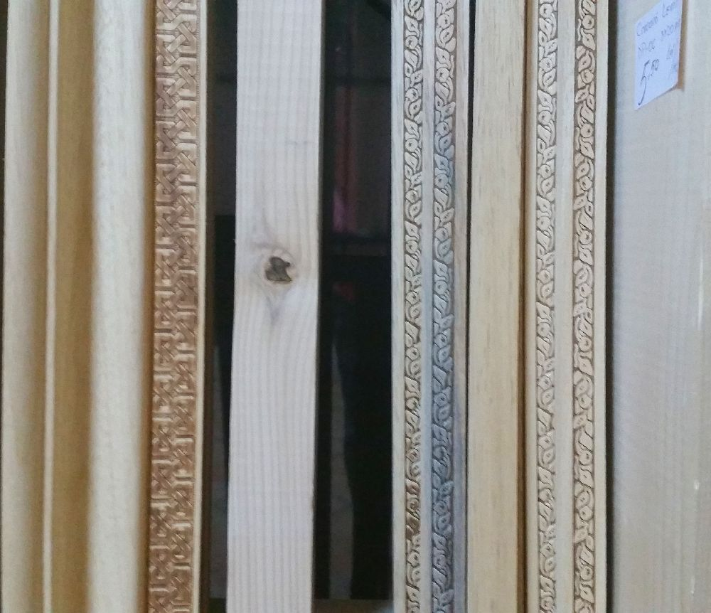 adelaparvu.com despre accesori din lemn si MDF, trafoare, paravane, stalpi, coloane Gold Concept Store (23)