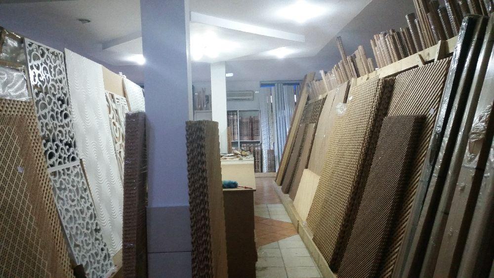 adelaparvu.com despre accesori din lemn si MDF, trafoare, paravane, stalpi, coloane Gold Concept Store (25)