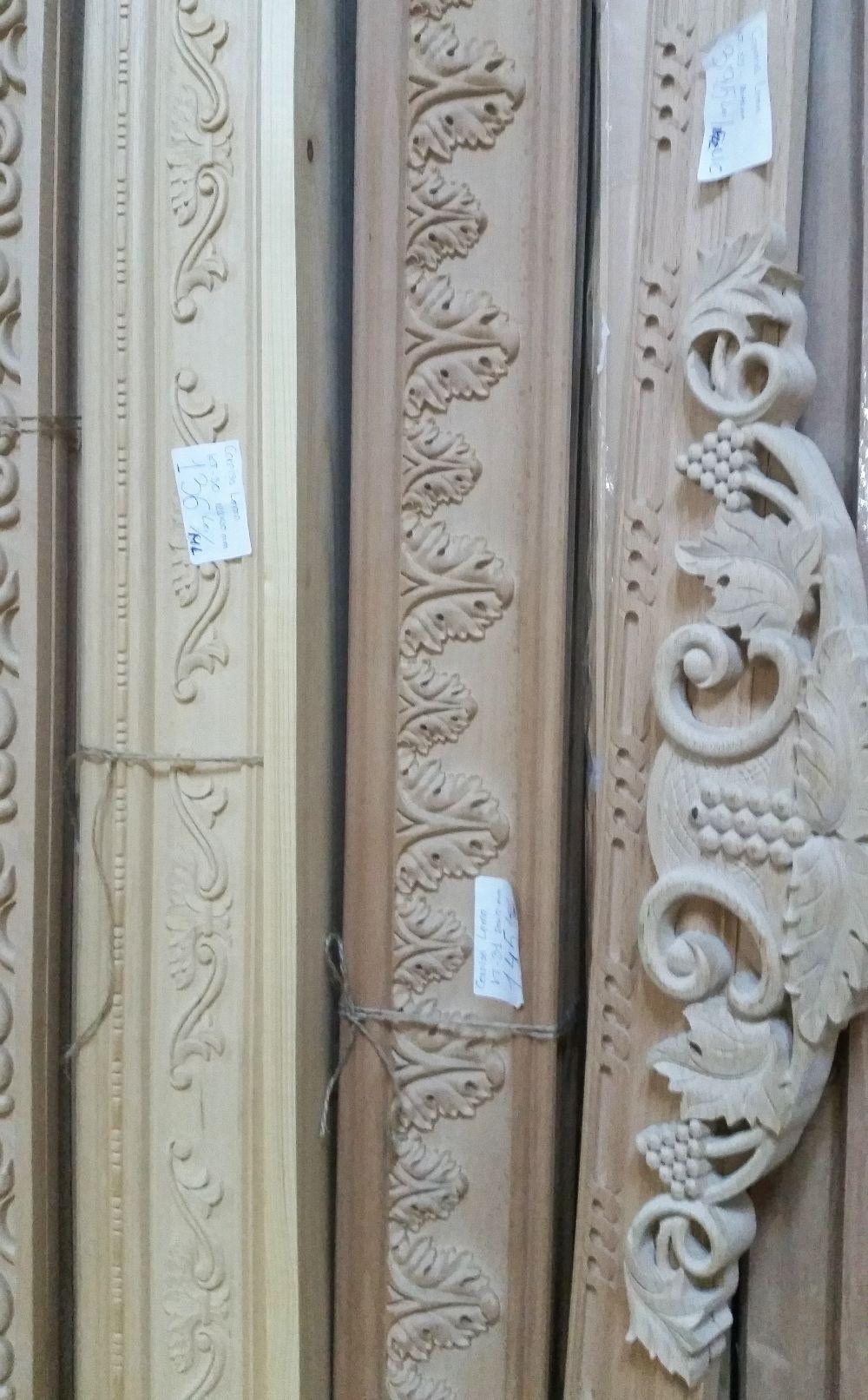 adelaparvu.com despre accesori din lemn si MDF, trafoare, paravane, stalpi, coloane Gold Concept Store (26)