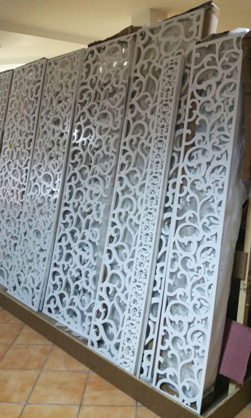 adelaparvu.com despre accesori din lemn si MDF, trafoare, paravane, stalpi, coloane Gold Concept Store (27)