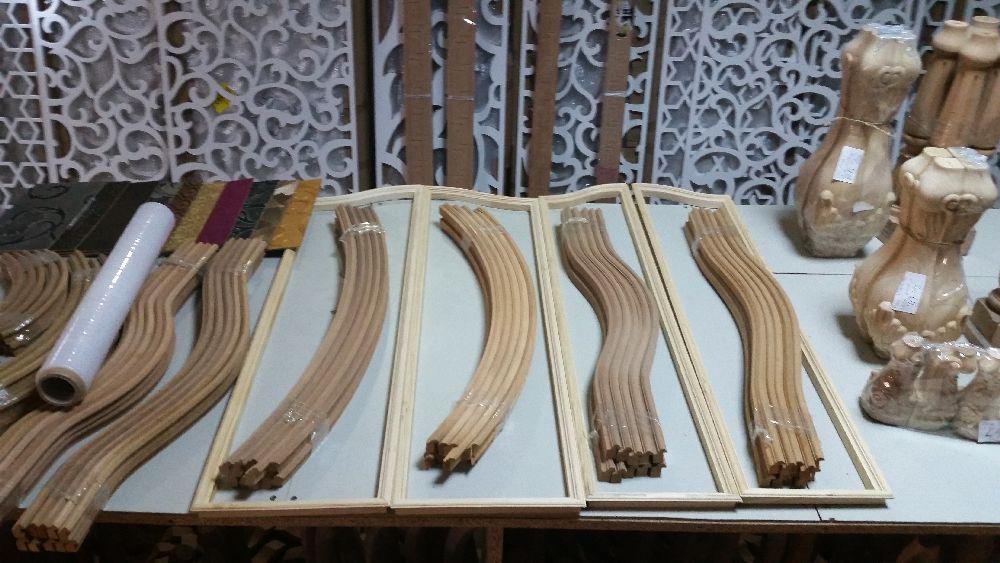 adelaparvu.com despre accesori din lemn si MDF, trafoare, paravane, stalpi, coloane Gold Concept Store (34)