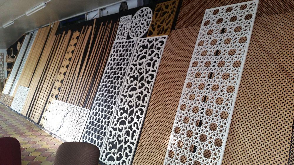 adelaparvu.com despre accesori din lemn si MDF, trafoare, paravane, stalpi, coloane Gold Concept Store (39)