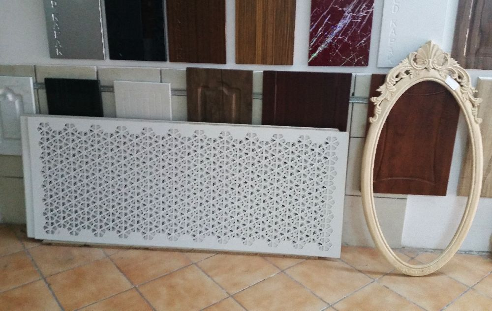 adelaparvu.com despre accesori din lemn si MDF, trafoare, paravane, stalpi, coloane Gold Concept Store (5)