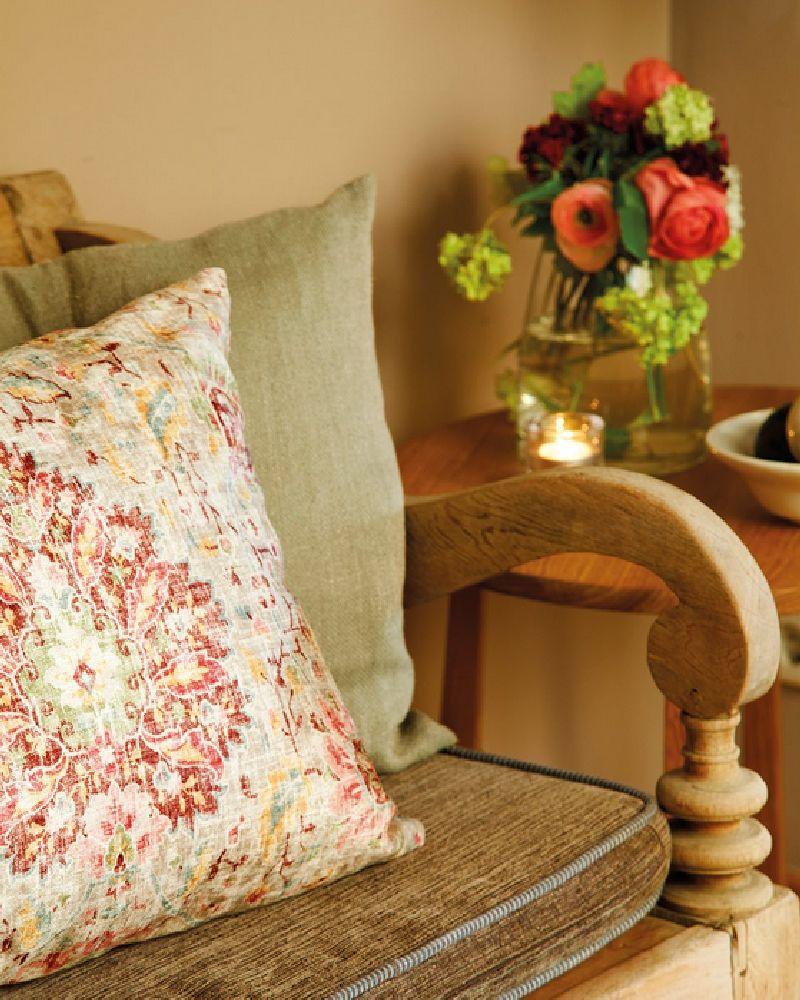 adelaparvu.com despre casa Spania cu pereti maro, design interior Laura Masiques, Foto ElMueble (2)