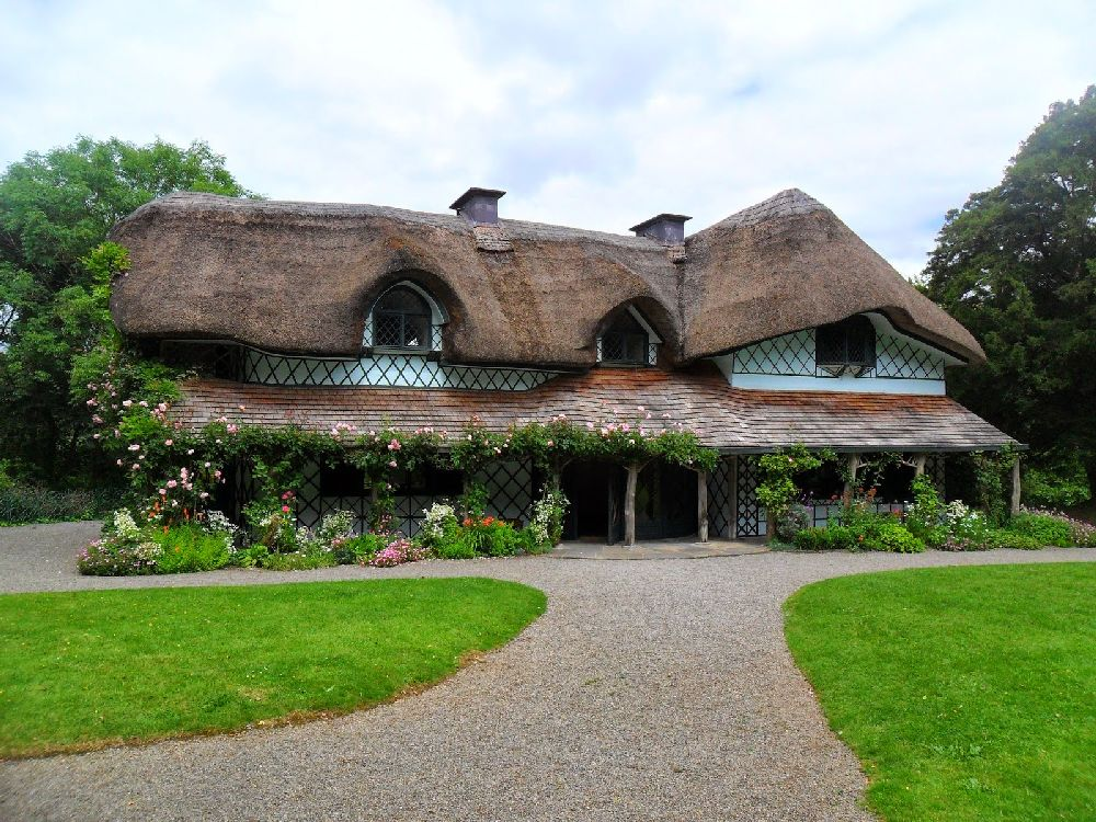 adelaparvu.com despre casa cu acoperis din stuf, Swiss Cottage in Cahir, Tippera, Irlanda (11)
