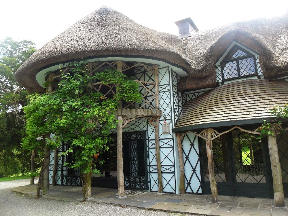 adelaparvu.com despre casa cu acoperis din stuf, Swiss Cottage in Cahir, Tippera, Irlanda (13)