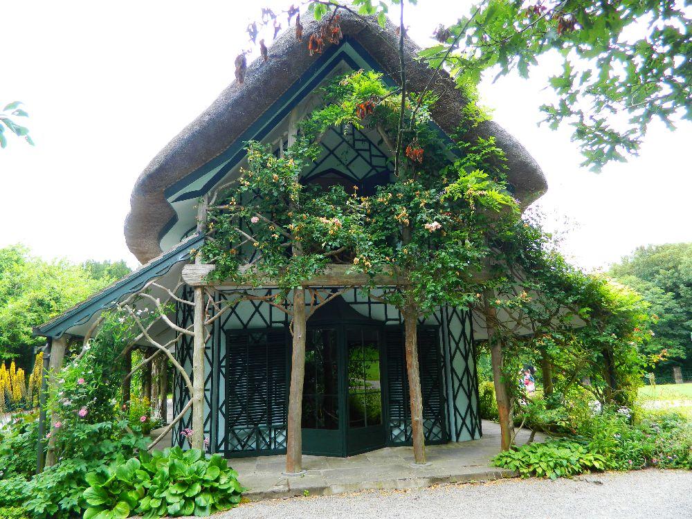 adelaparvu.com despre casa cu acoperis din stuf, Swiss Cottage in Cahir, Tippera, Irlanda (16)