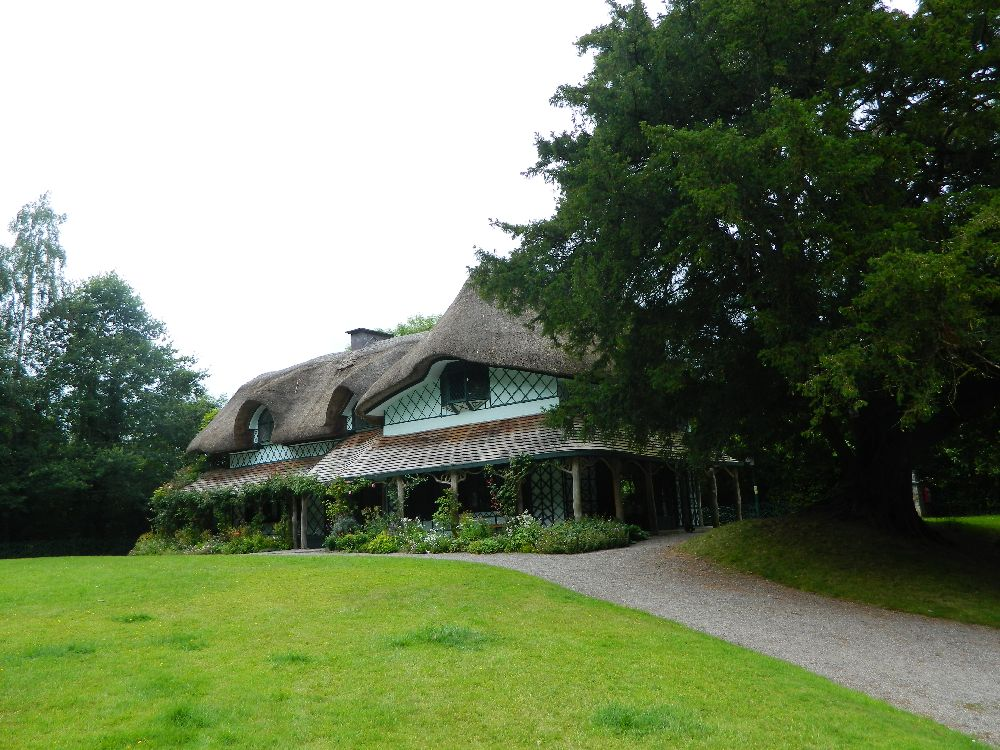 adelaparvu.com despre casa cu acoperis din stuf, Swiss Cottage in Cahir, Tippera, Irlanda (17)