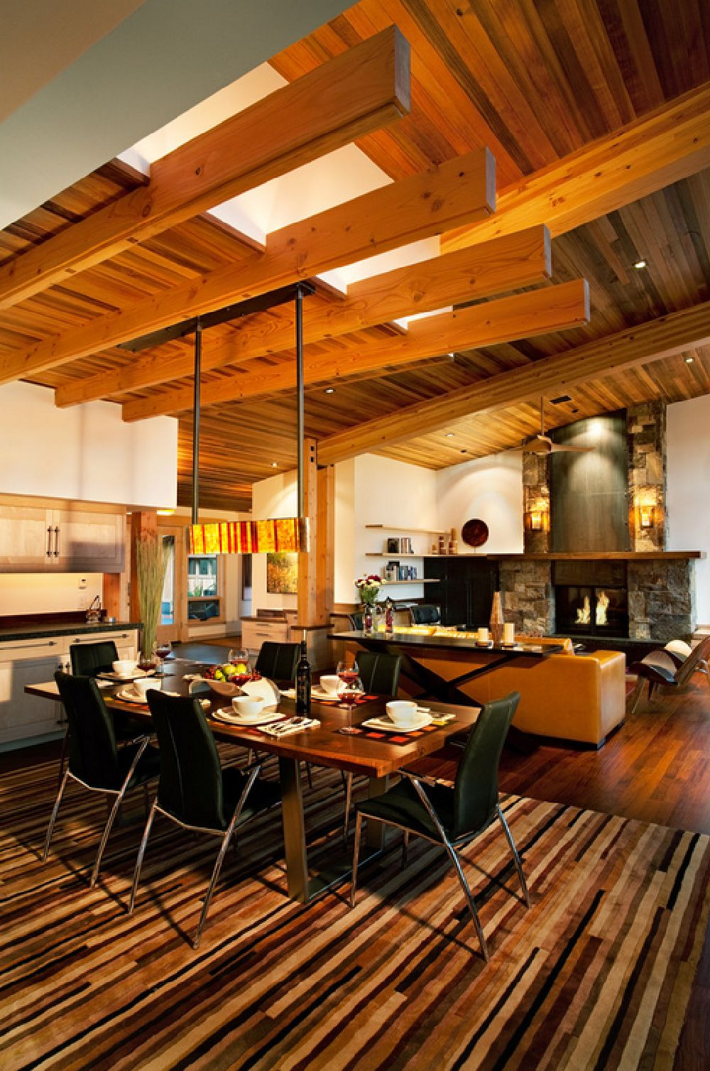 adelaparvu.com despre casa in stil modern montan, designer Annie MacFadyen, arhitectura Ryan Grup Architects, Foto Ethan Rohloff (10)