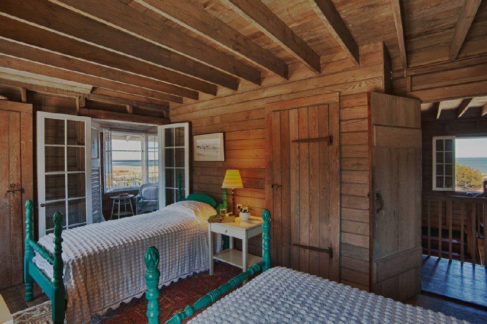 adelaparvu.com despre casa rustica pe malul marii Marta's Vineyard, Foto Bob Gothard  (12)